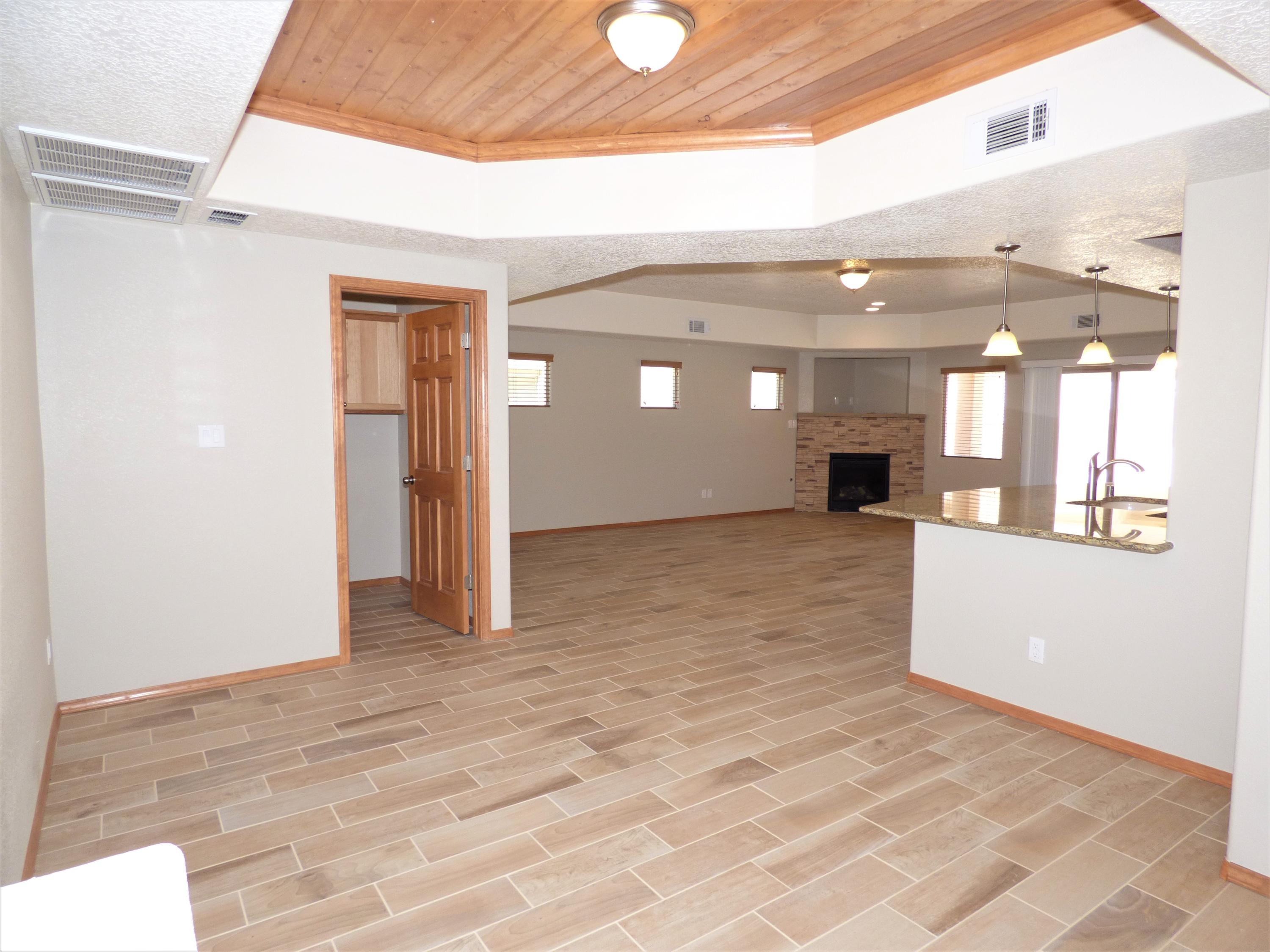 Northwest Albuquerque and Northwest Heights Homes for Sale -  Spa,  6401 NW LOS CANTOS Avenue