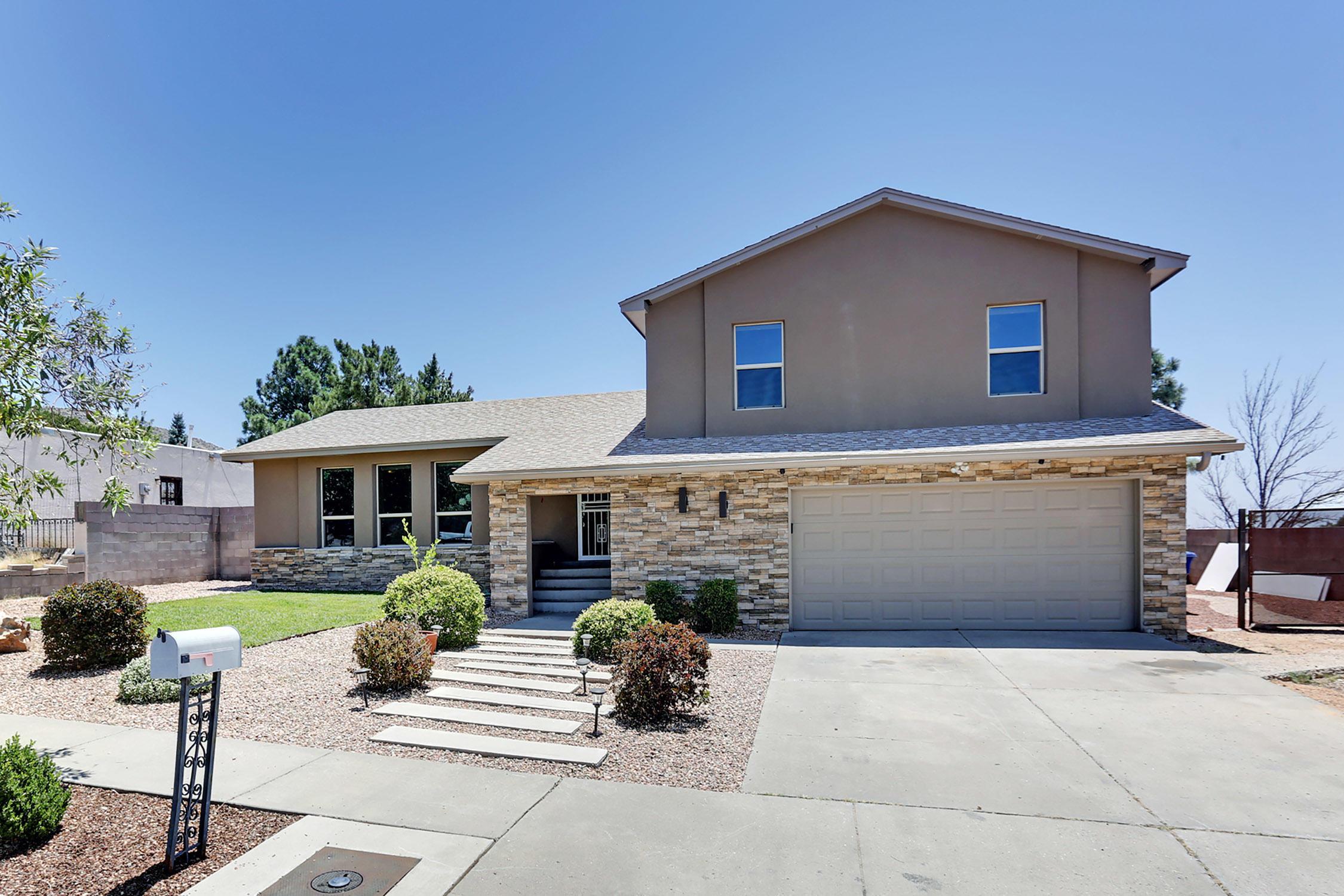 12600 Hugh Graham,Albuquerque,New Mexico,United States 87111,3 Bedrooms Bedrooms,3 BathroomsBathrooms,Residential,Hugh Graham,924603