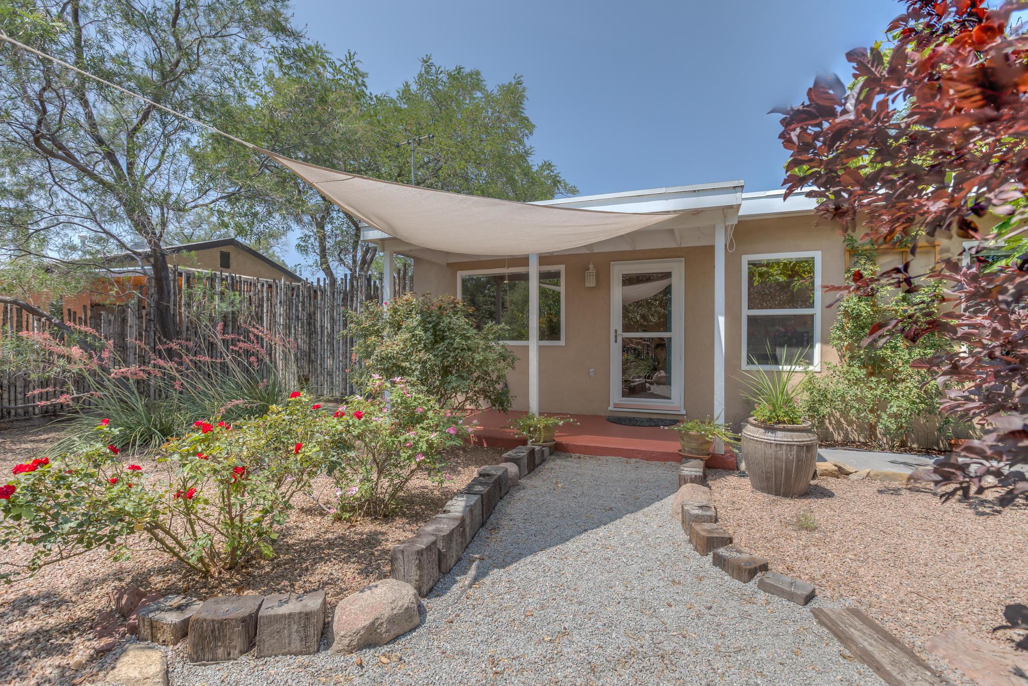 5013 San Luis,Albuquerque,New Mexico,United States 87107,3 Bedrooms Bedrooms,2 BathroomsBathrooms,Residential,San Luis,926362