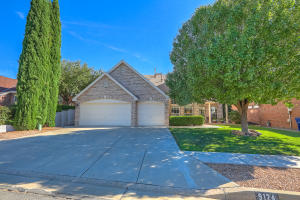 Property for sale at 9124 Ridgefield Avenue NE, Albuquerque,  NM 87109