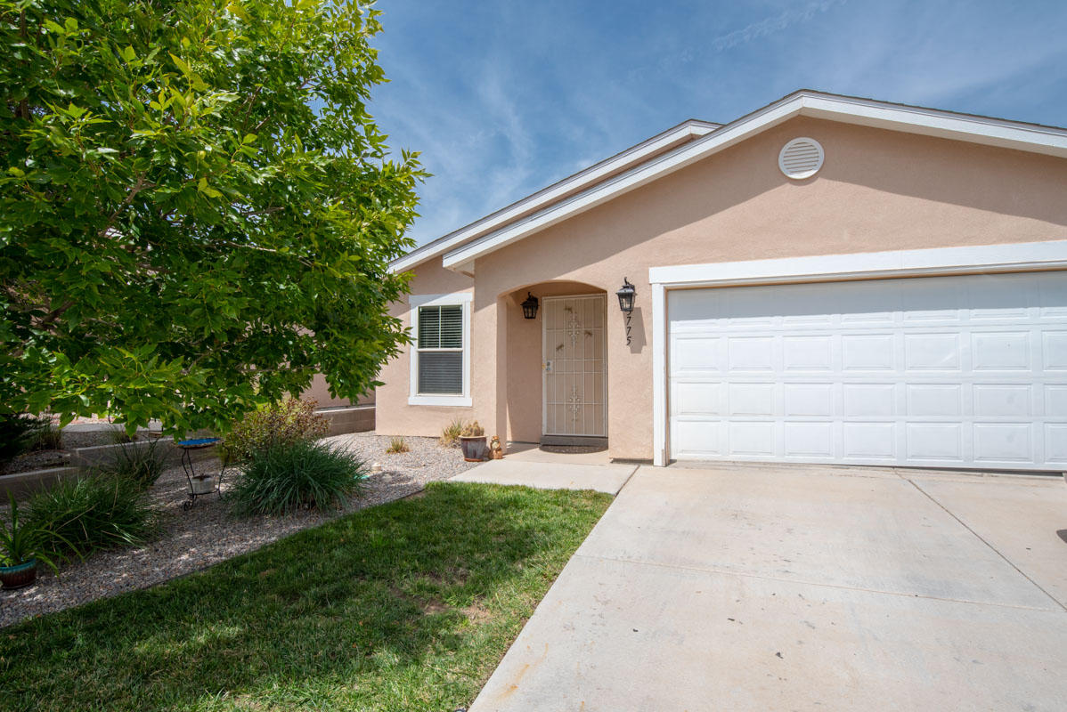3775 Cattle,Rio Rancho,New Mexico,United States 87144,3 Bedrooms Bedrooms,2 BathroomsBathrooms,Residential,Cattle,927569
