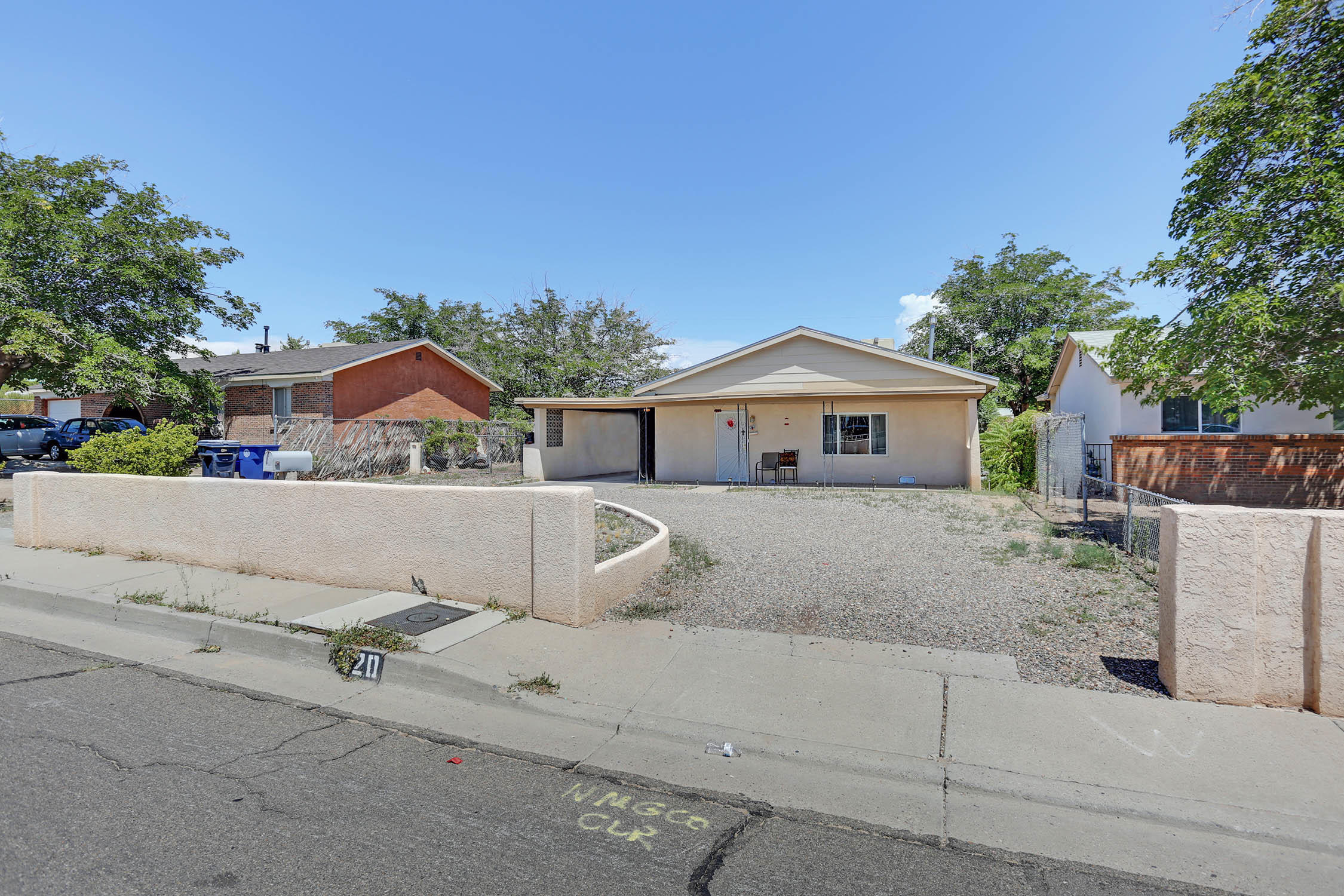 420 63rd,Albuquerque,New Mexico,United States 87105,2 Bedrooms Bedrooms,1 BathroomBathrooms,Residential,63rd,931247