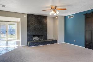 8204 RUIDOSO ROAD NE, ALBUQUERQUE, NM 87109  Photo 6
