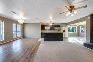 8204 RUIDOSO ROAD NE, ALBUQUERQUE, NM 87109  Photo 4