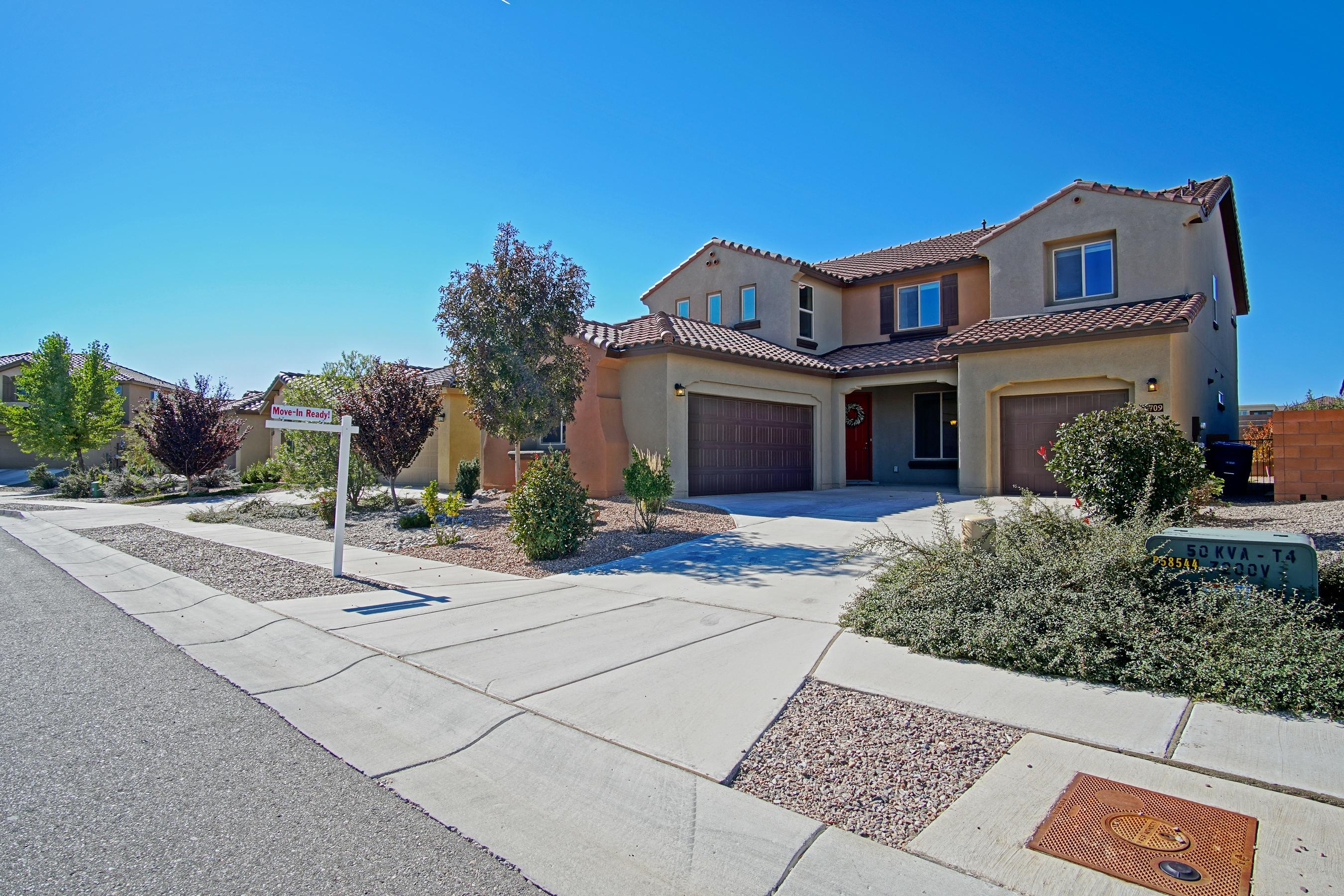 6709 NW Nueva Piedra Street, Northwest Albuquerque and Northwest Heights, New Mexico