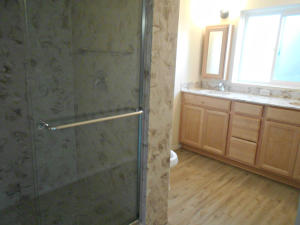 7012 COMANCHE STREET NE, ALBUQUERQUE, NM 87110  Photo 19