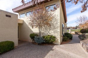 9631 VILLAGE GREEN DRIVE, ALBUQUERQUE, NM 87111  Photo 8