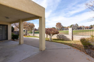 9631 VILLAGE GREEN DRIVE, ALBUQUERQUE, NM 87111  Photo 6