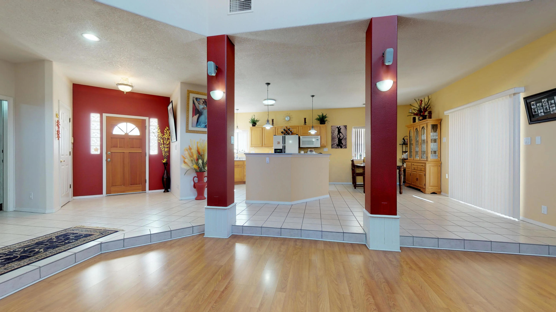 5801 NW Tres Vistas Court, Northwest Albuquerque and Northwest Heights, New Mexico