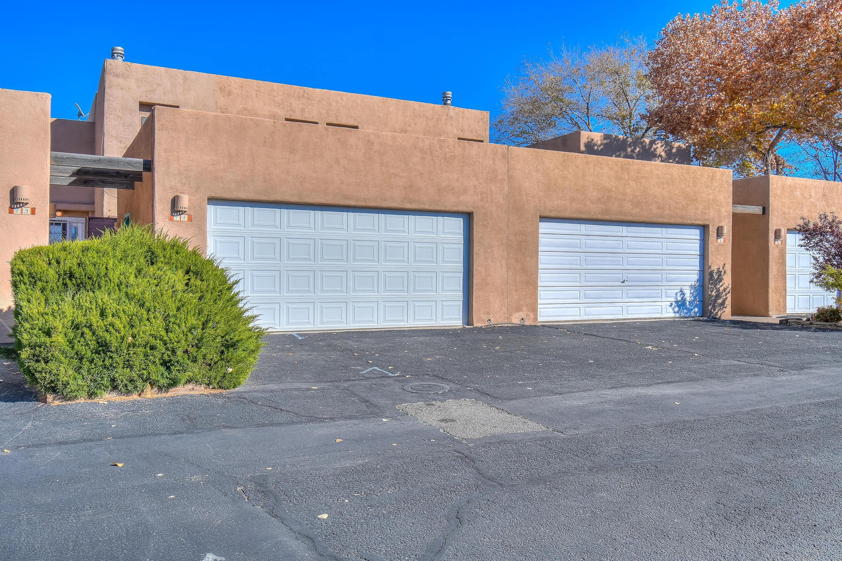One of Northwest Albuquerque and Northwest Heights 2 Bedroom Homes for Sale at 2700 NW Vista Grande Drive