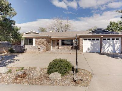 11705 NE Tivoli Avenue, Albuquerque Northeast Heights in Bernalillo County, NM 87111 Home for Sale