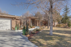12009 MODESTO AVENUE NE, ALBUQUERQUE, NM 87122  Photo 3