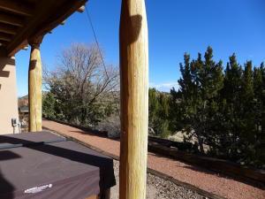 138 DIAMOND TAIL ROAD, PLACITAS, NM 87043  Photo