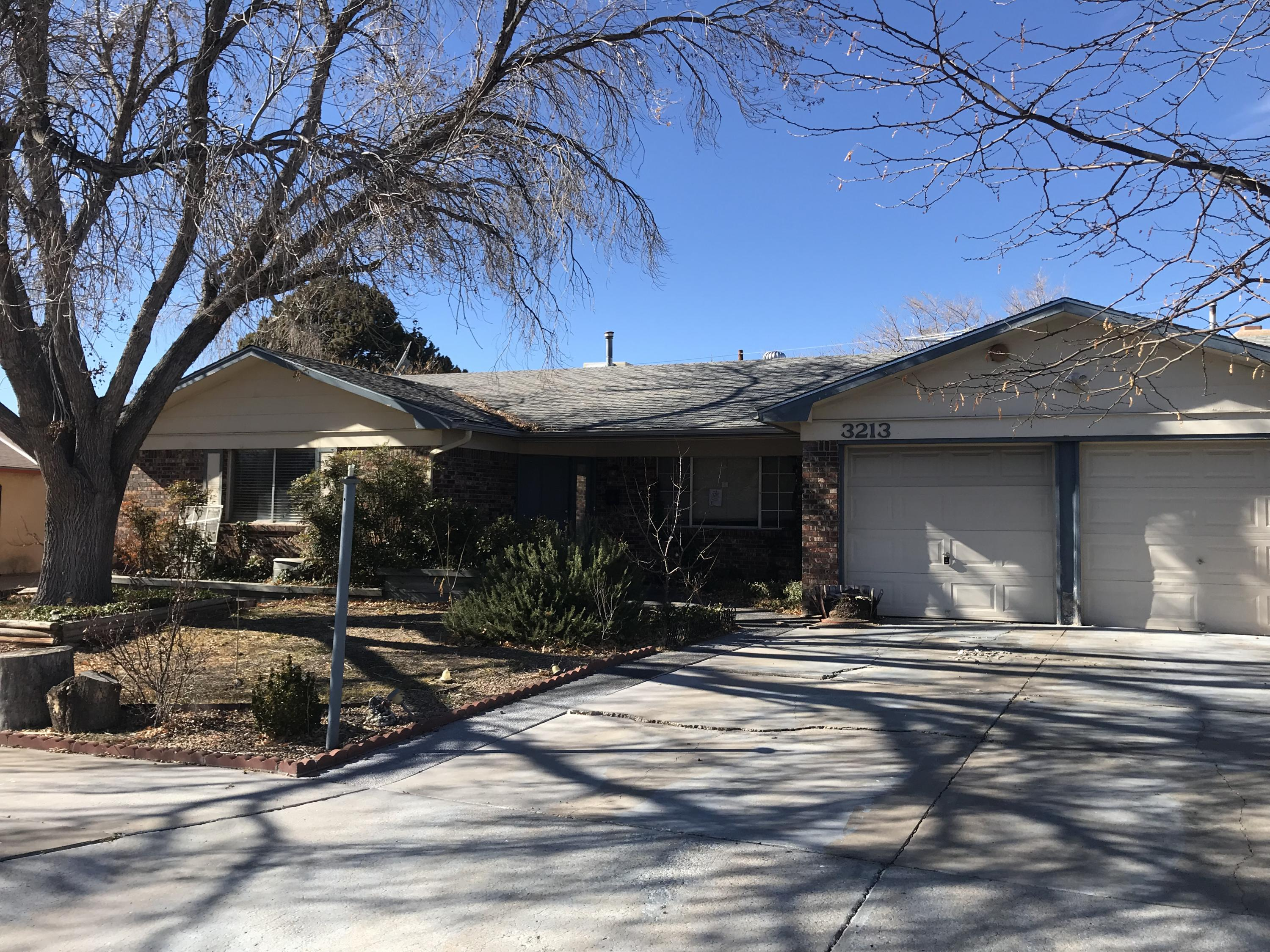 3213 NE Lucerne Street, Albuquerque Northeast Heights, New Mexico