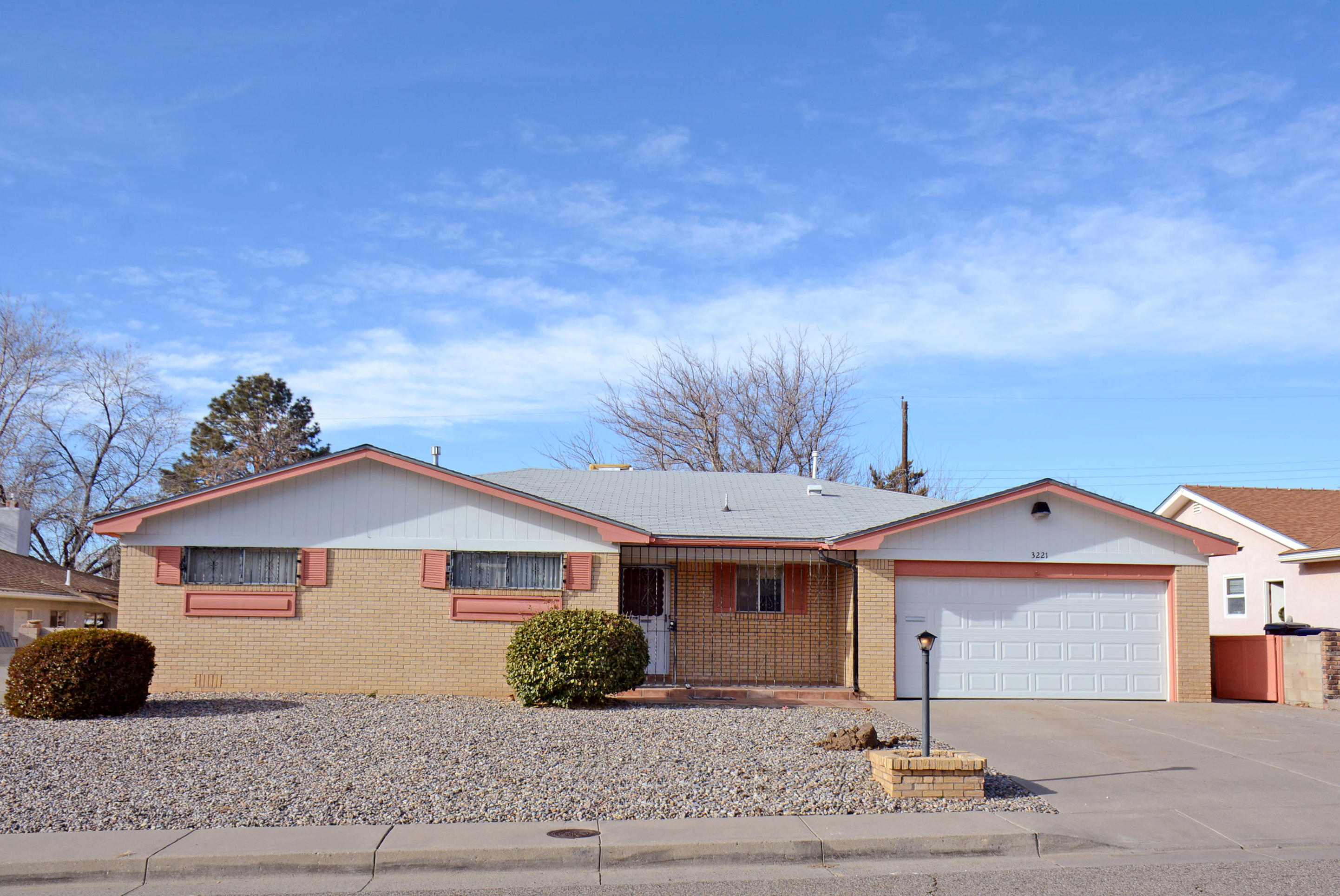 3221 NE Reina Drive, Albuquerque Northeast Heights, New Mexico
