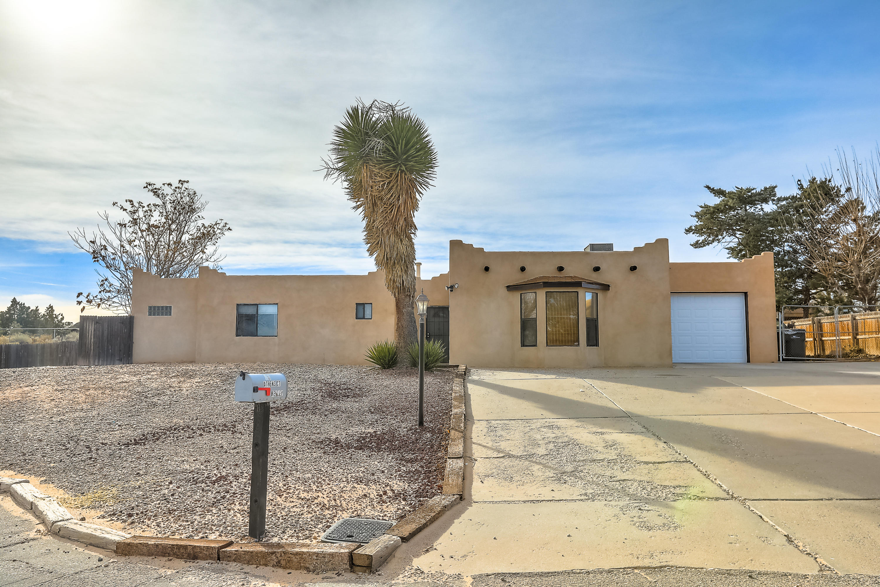 35 SE Athens Court, Rio Rancho, New Mexico