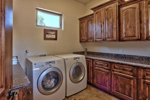 9101 EAGLE ROCK AVENUE NE, ALBUQUERQUE, NM 87122  Photo