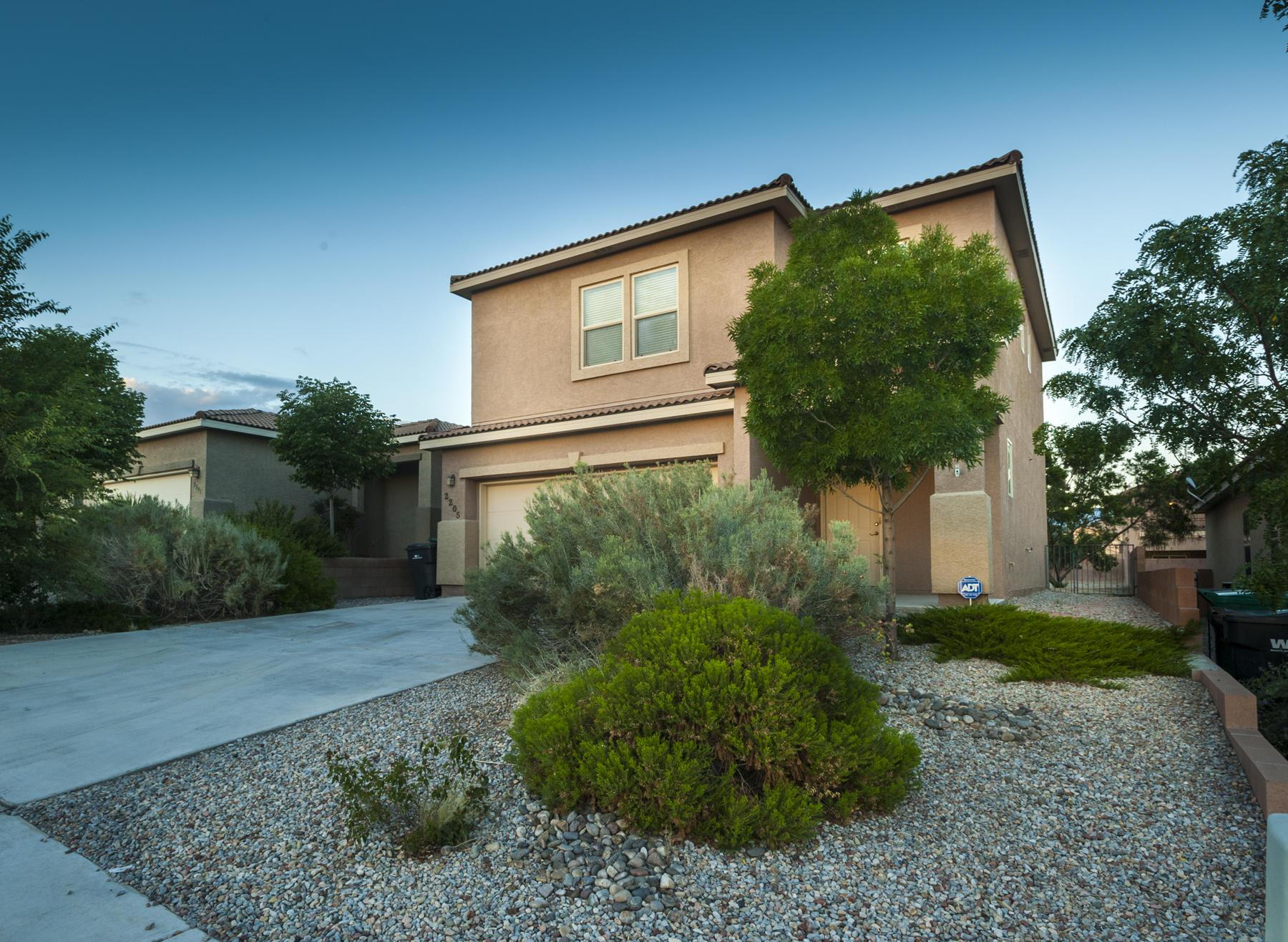 2205 SE Delfinio Drive, Rio Rancho, New Mexico