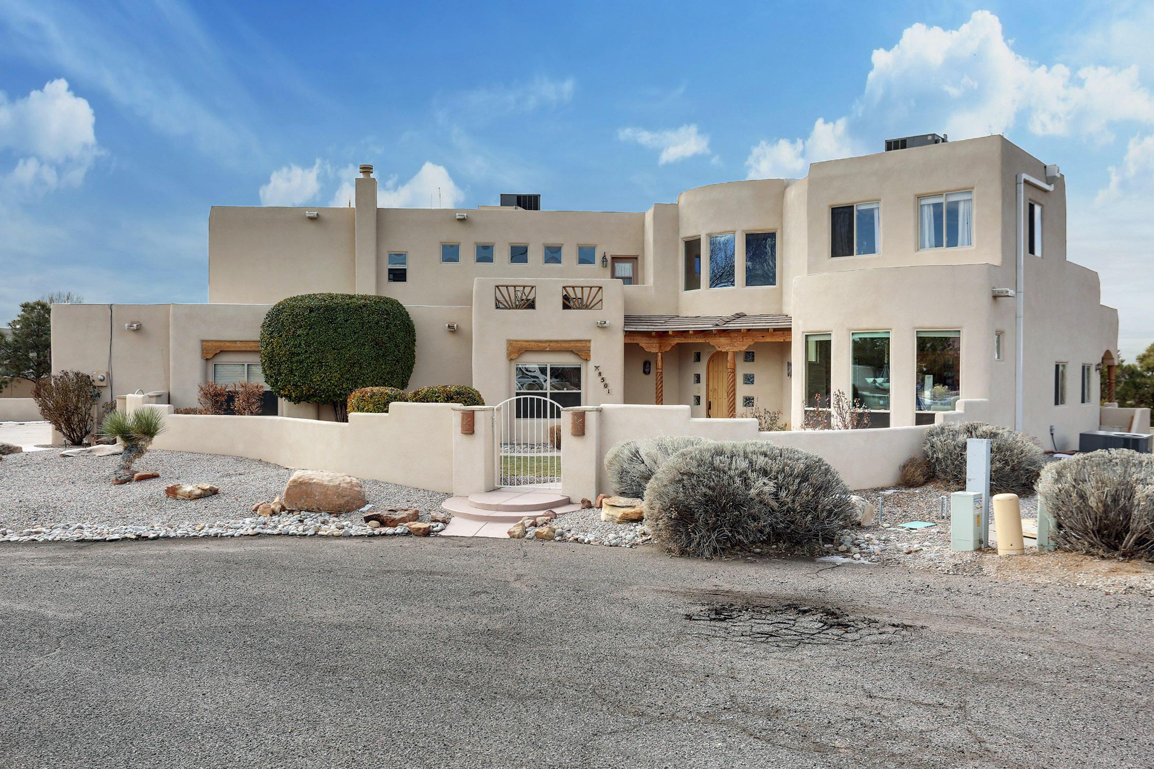Photo of 8501 San Diego Court NE, Albuquerque, NM 87122