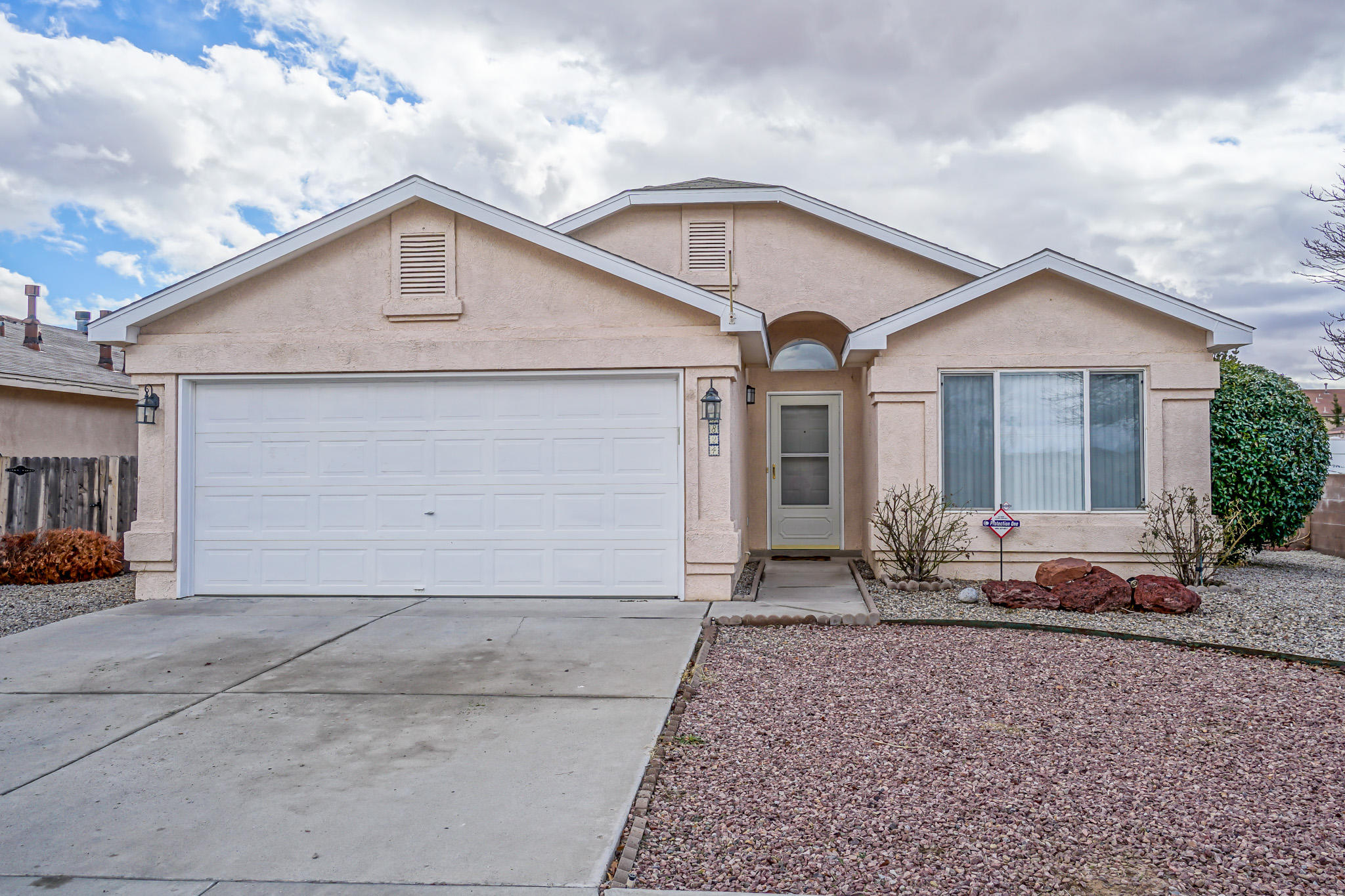 Northwest Albuquerque and Northwest Heights Homes for Sale -  Single Story,  5824 NW Gemini Avenue