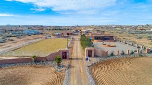 1 CALLE CABALLO, CORRALES, NM 87048  Photo