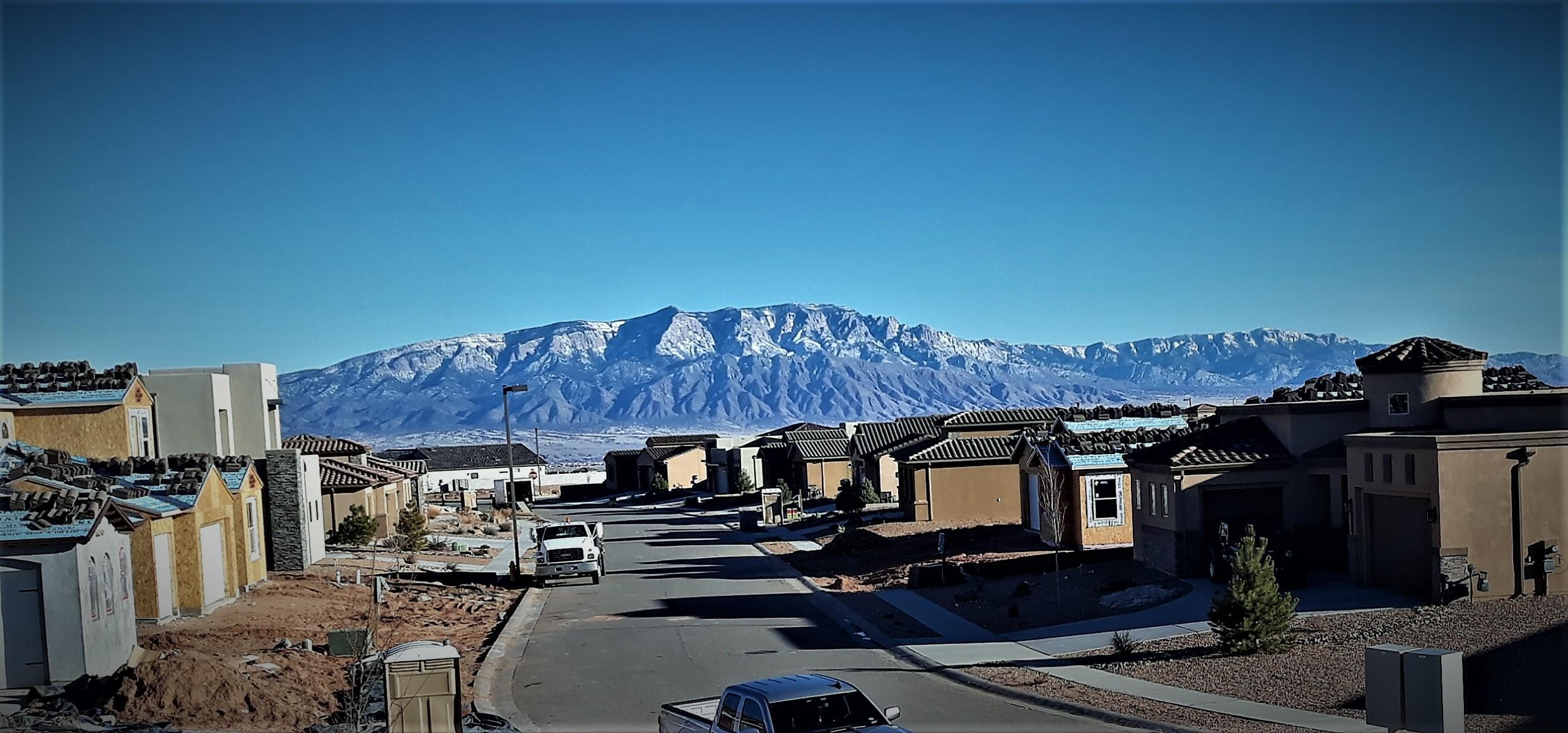 5633 NE Pikes Peak Loop, Rio Rancho, New Mexico