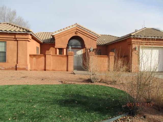 484 SE Nicklaus Drive, Rio Rancho, New Mexico