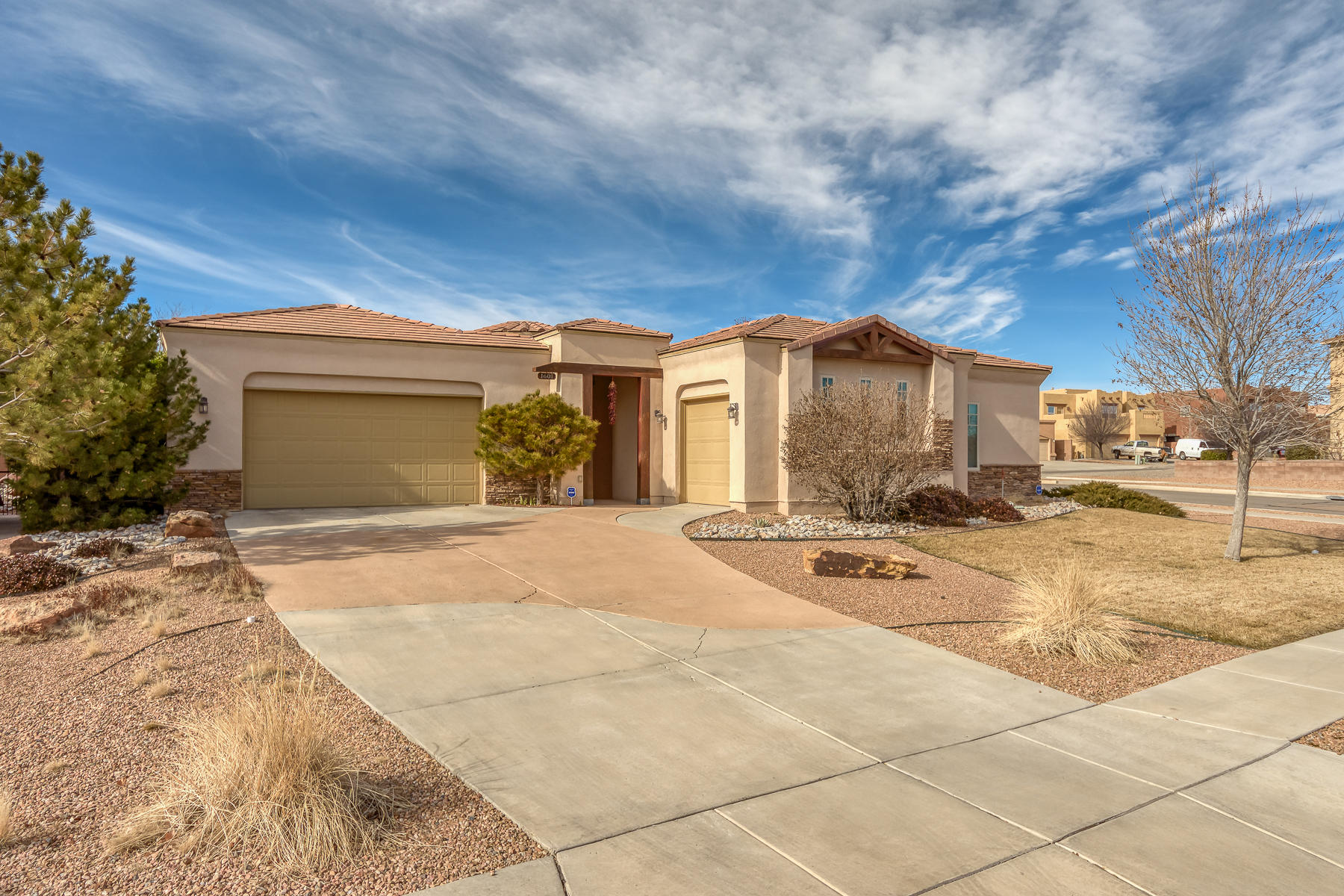 1601 SE Western Hills Drive, Rio Rancho, New Mexico