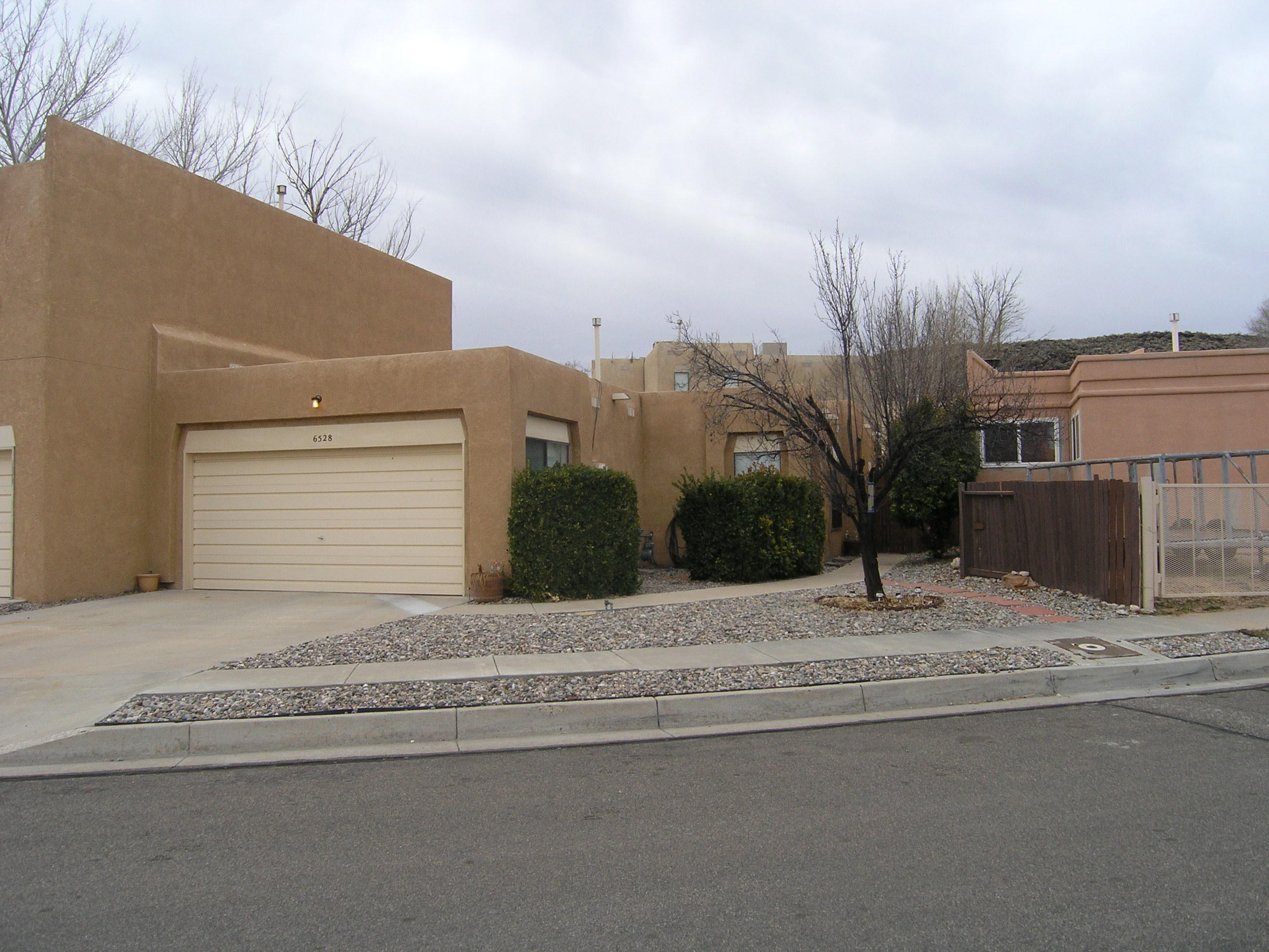 6528 NW Cliffrose Road, Northwest Albuquerque and Northwest Heights, New Mexico