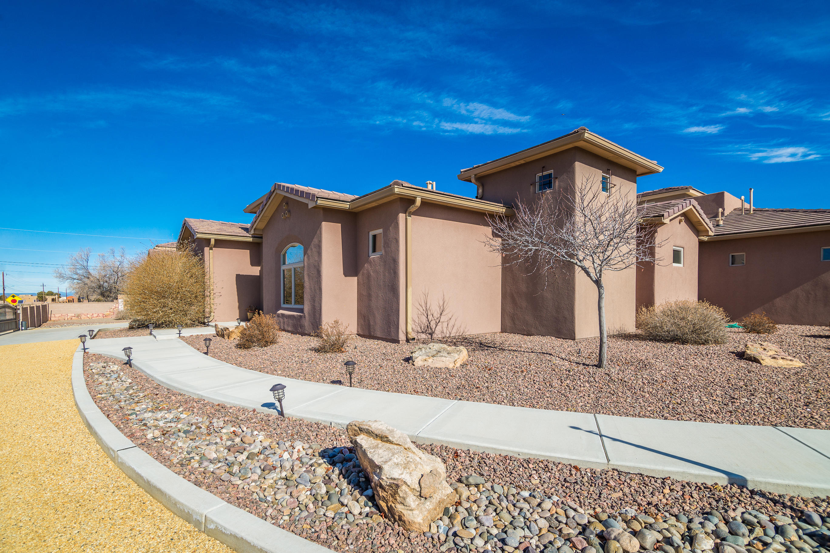 Photo of 9101 Eagle Rock Avenue NE, Albuquerque, NM 87122