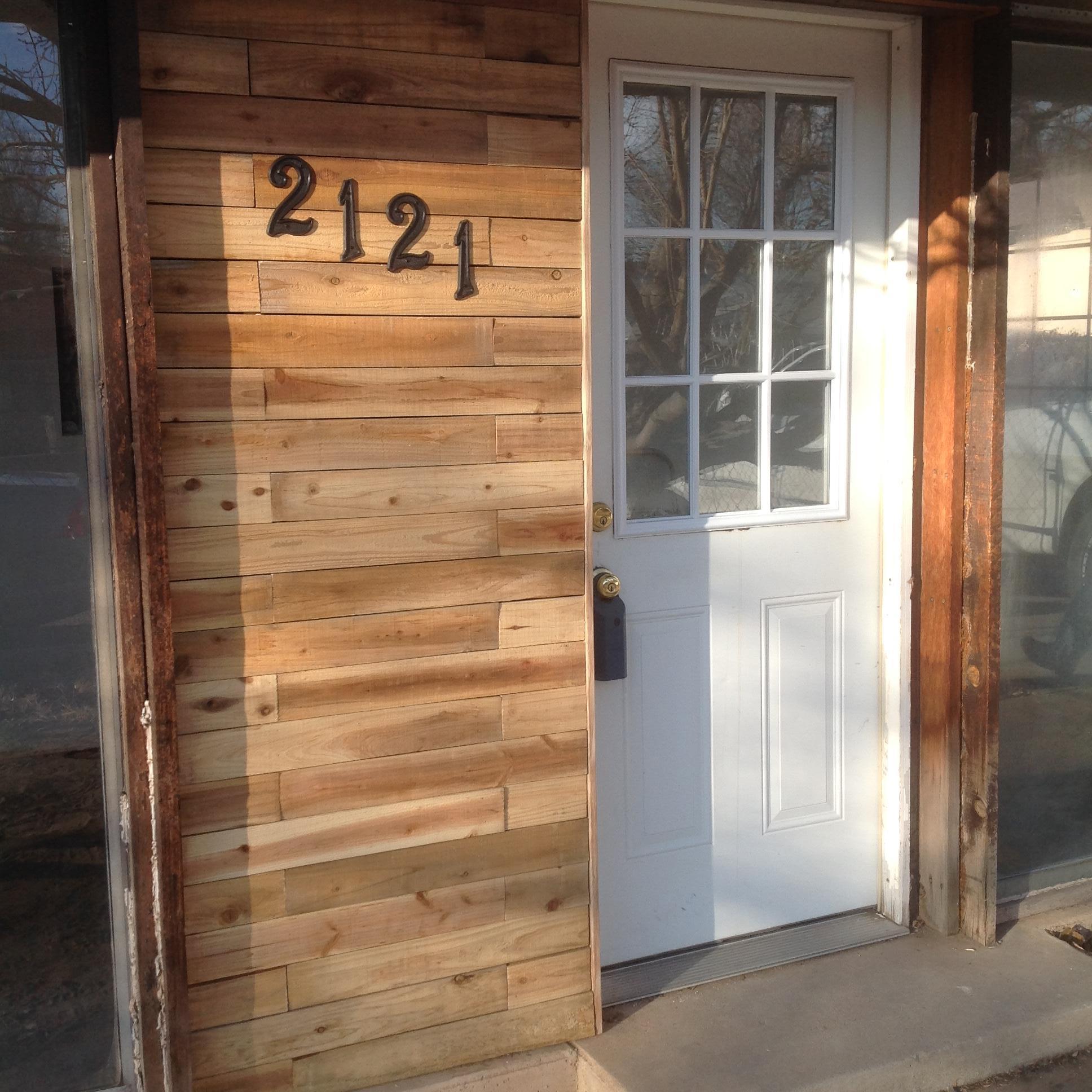 Photo of 2121 Eucariz Avenue SW, Albuquerque, NM 87105