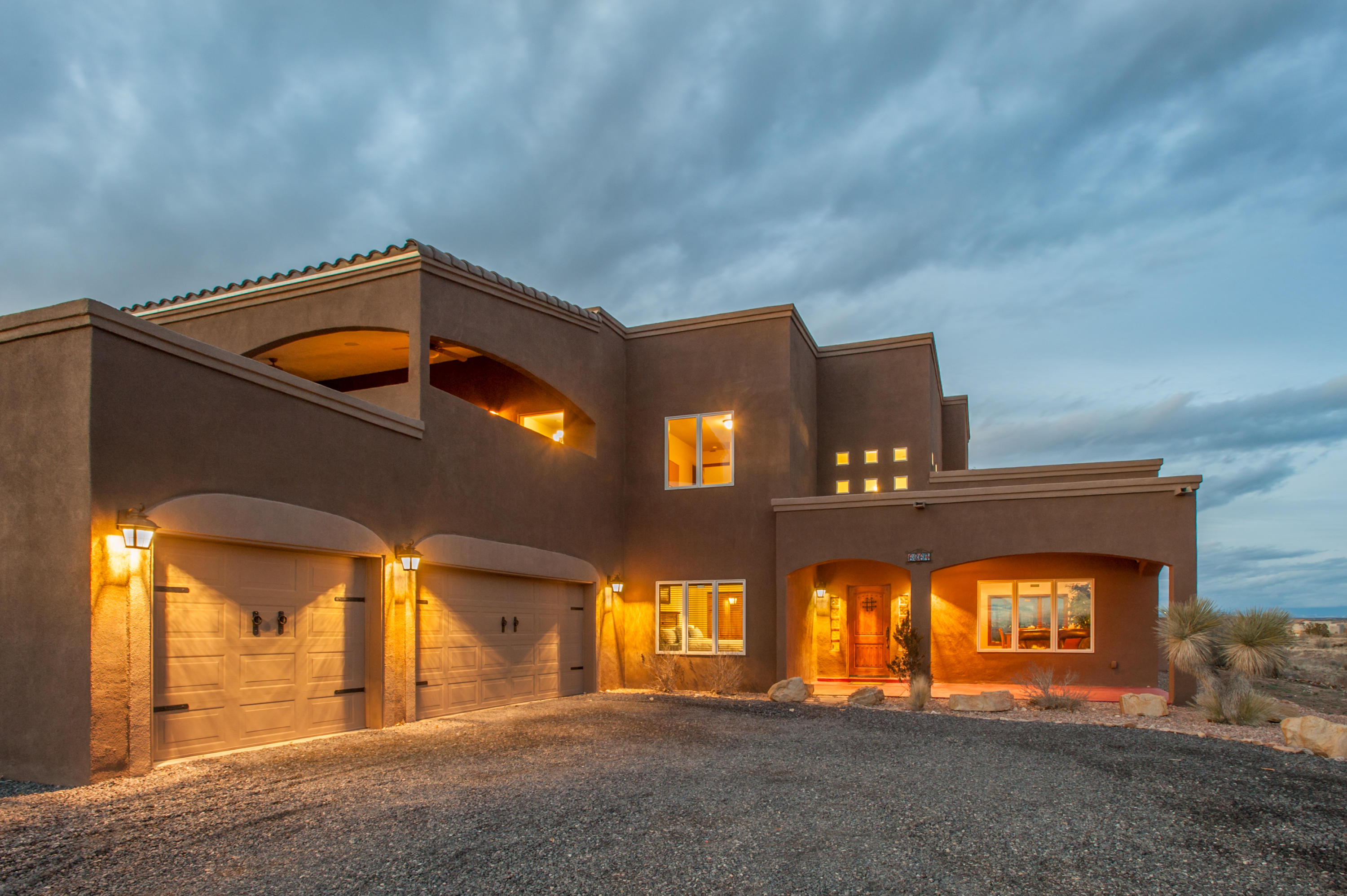 6367 NE Pasilla Road, Rio Rancho, New Mexico