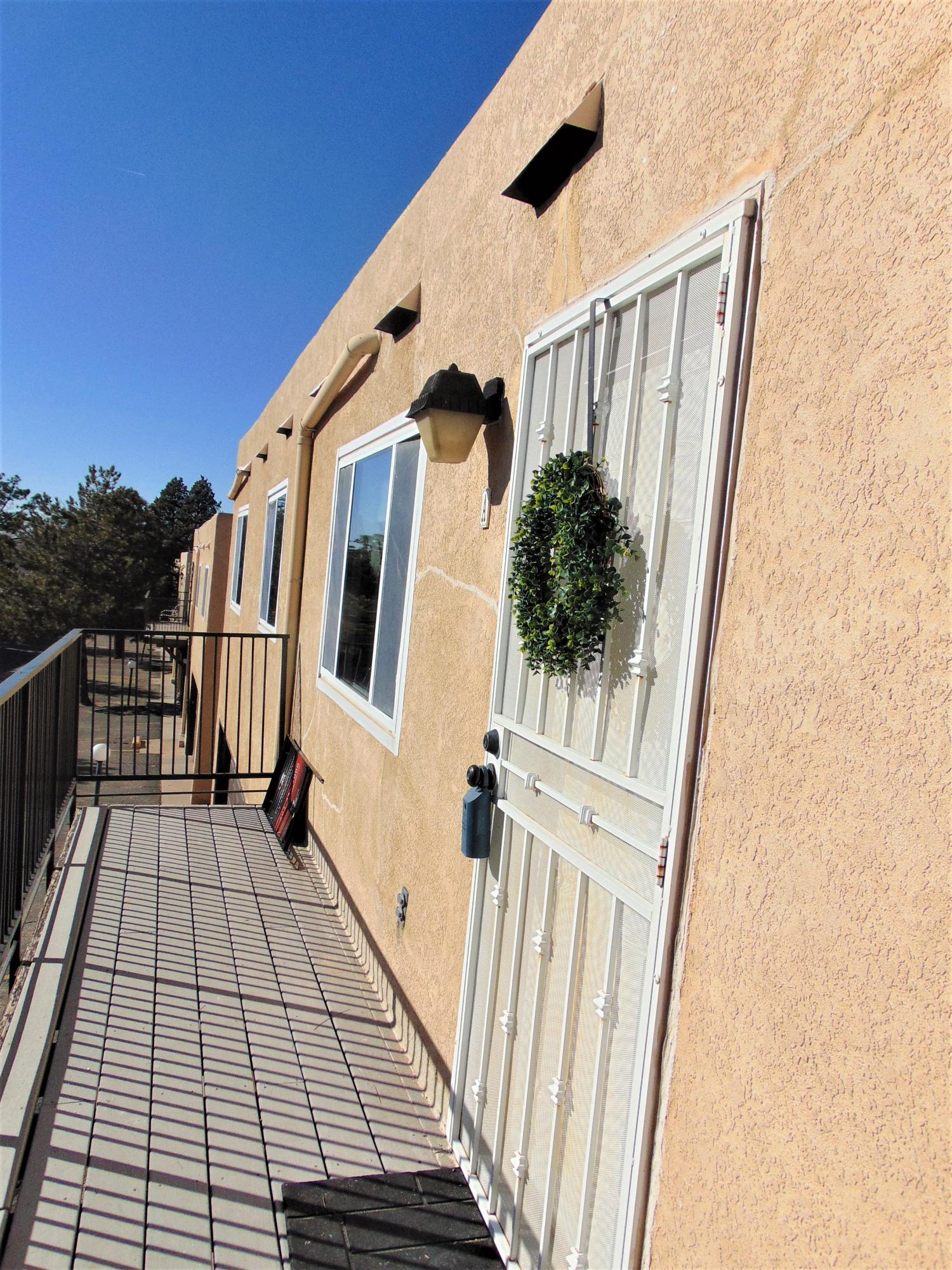 12007  Stilwell Dr Ne Apt A Drive, Albuquerque Northeast Heights, New Mexico