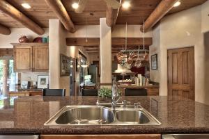 8206 RIO GRANDE BOULEVARD NW, LOS RANCHOS, NM 87114  Photo