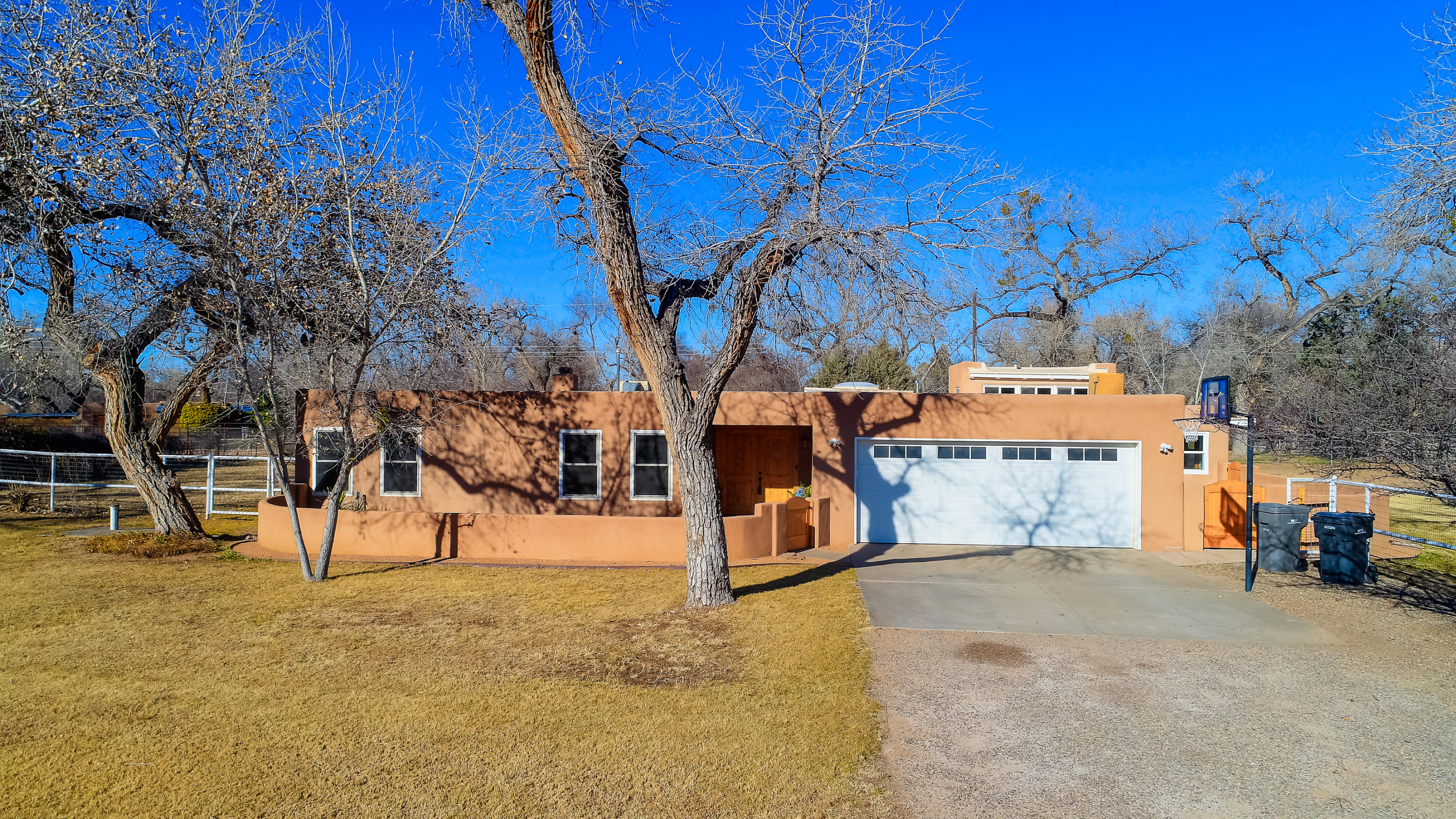 929 NW Guadalupe Court, Northwest Albuquerque and Northwest Heights, New Mexico