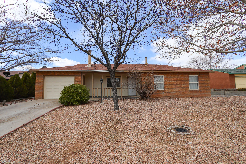 735 SE Stagecoach Road, Rio Rancho, New Mexico