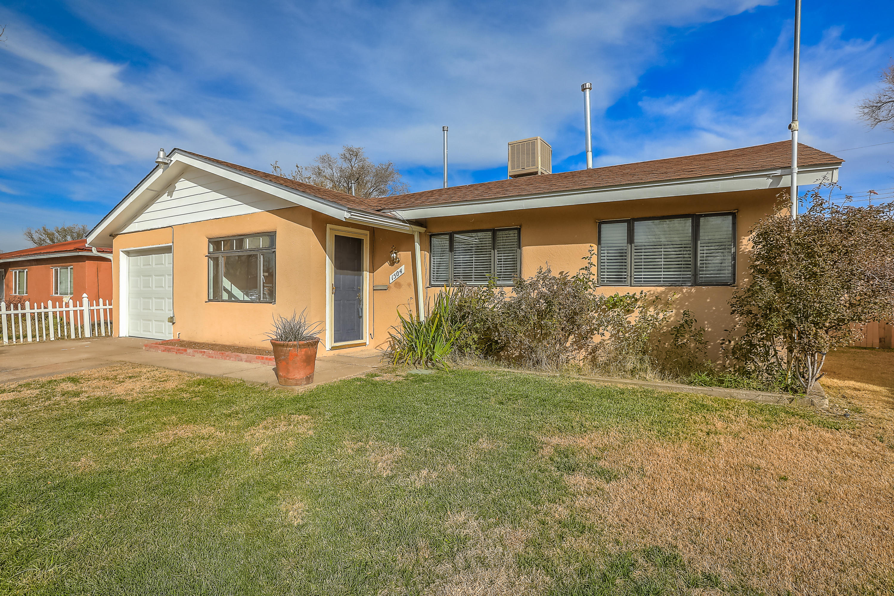 1504 NE Espejo Street, Albuquerque Northeast Heights in Bernalillo County, NM 87112 Home for Sale
