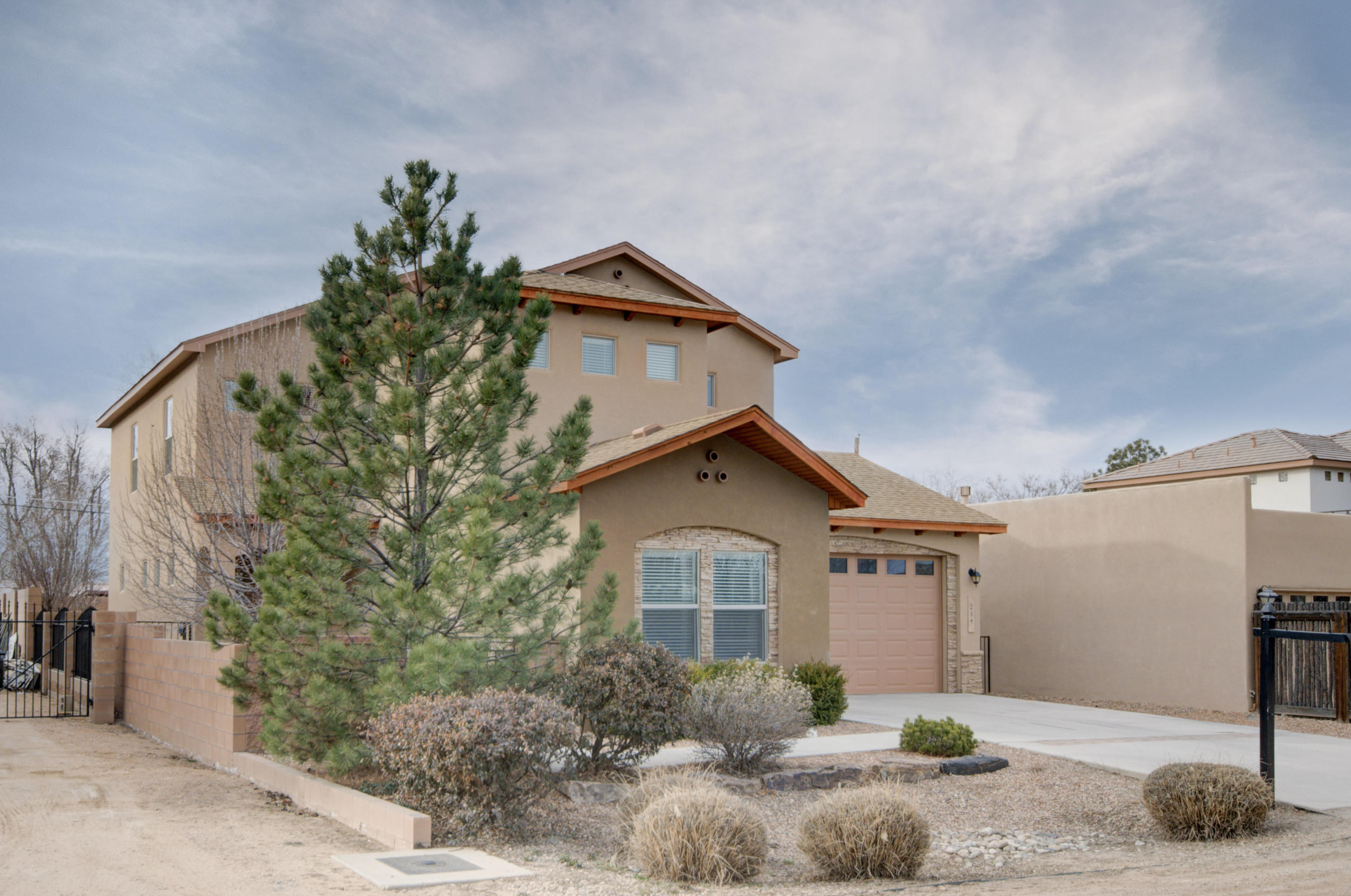 214 NW Nico Trail, Northwest Albuquerque and Northwest Heights, New Mexico