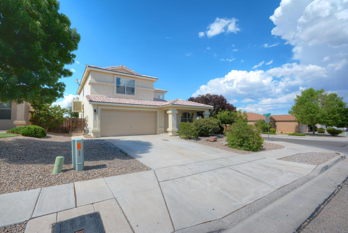Northwest Albuquerque and Northwest Heights Homes for Sale -  Loft,  5339 NW Stream Stone Avenue