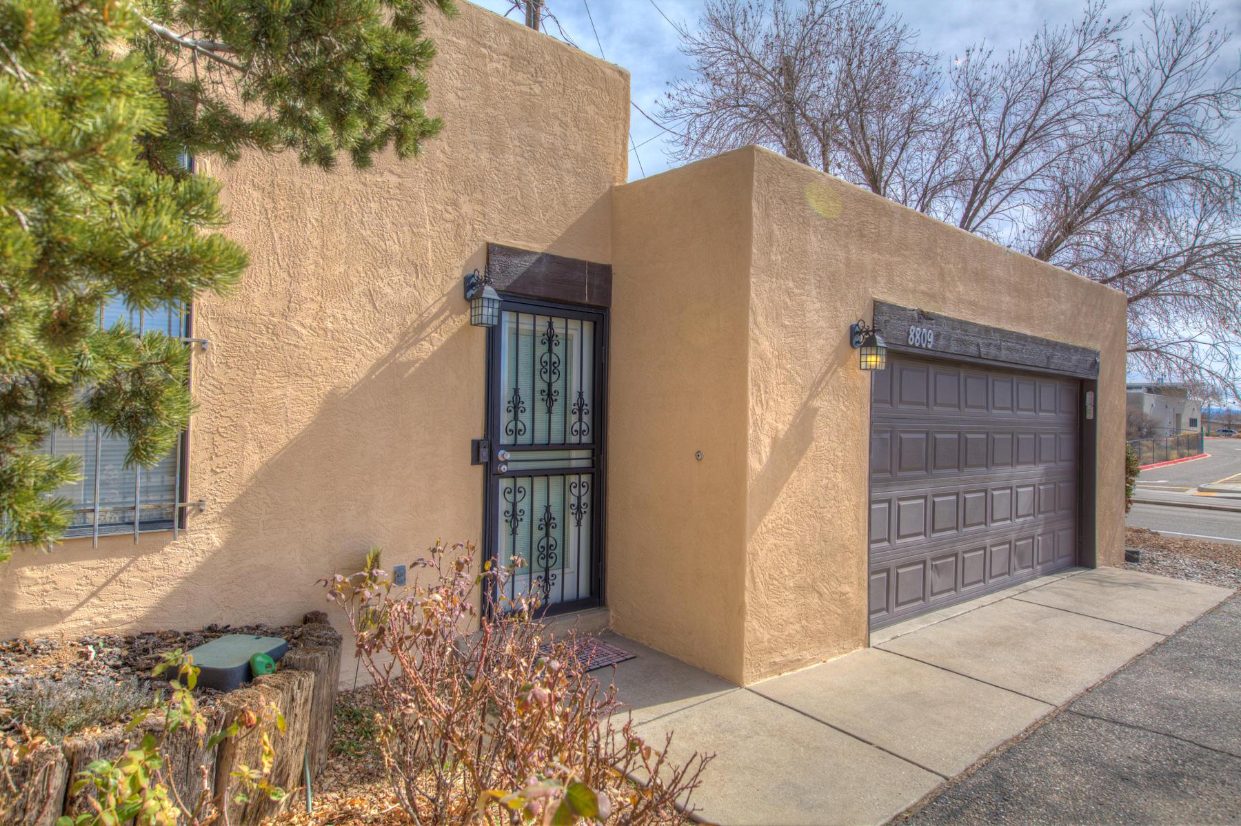 8809 NE Comanche Road, Albuquerque Northeast Heights, New Mexico