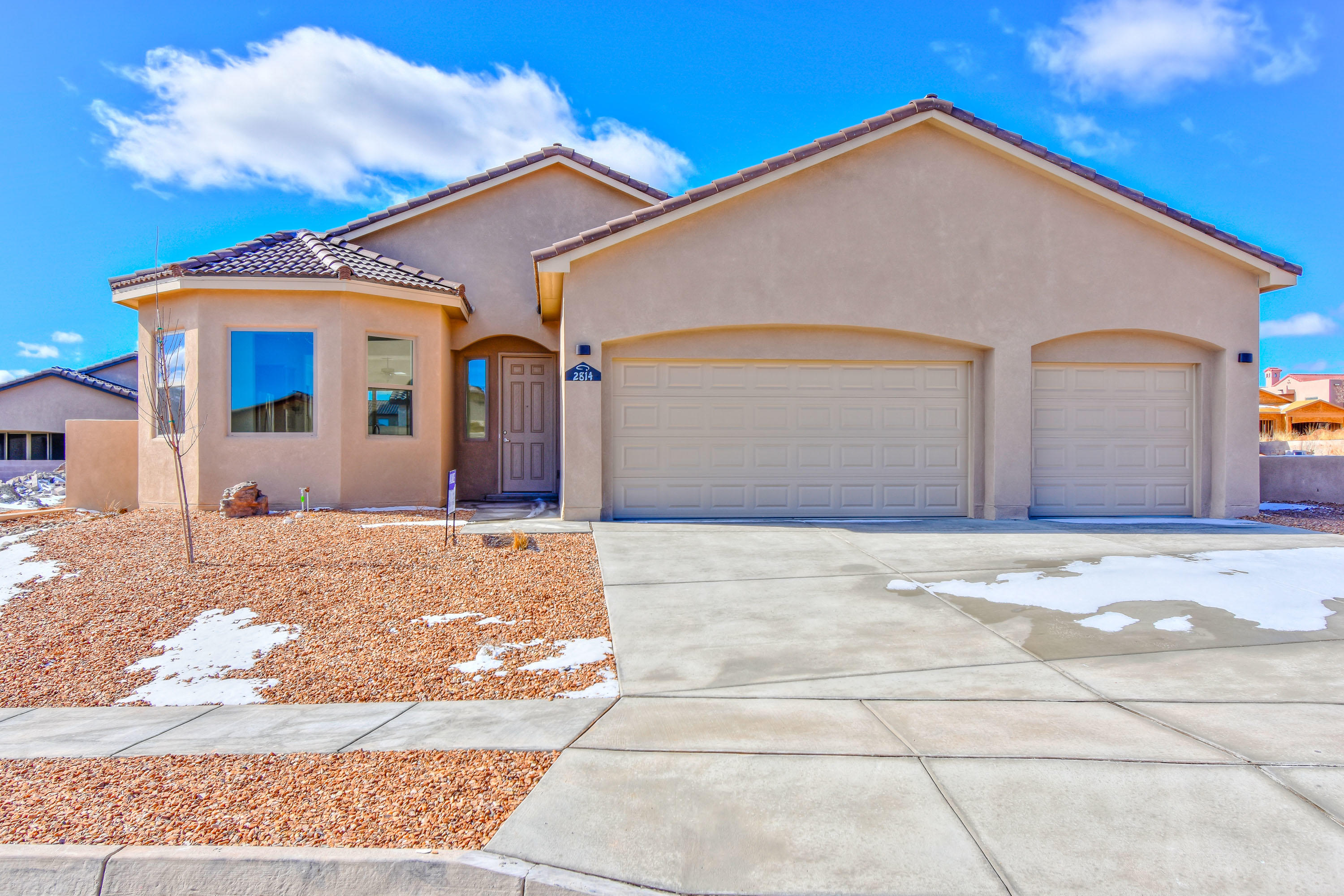 One of Rio Rancho 3 Bedroom Homes for Sale at 2814 NE La Luz Circle