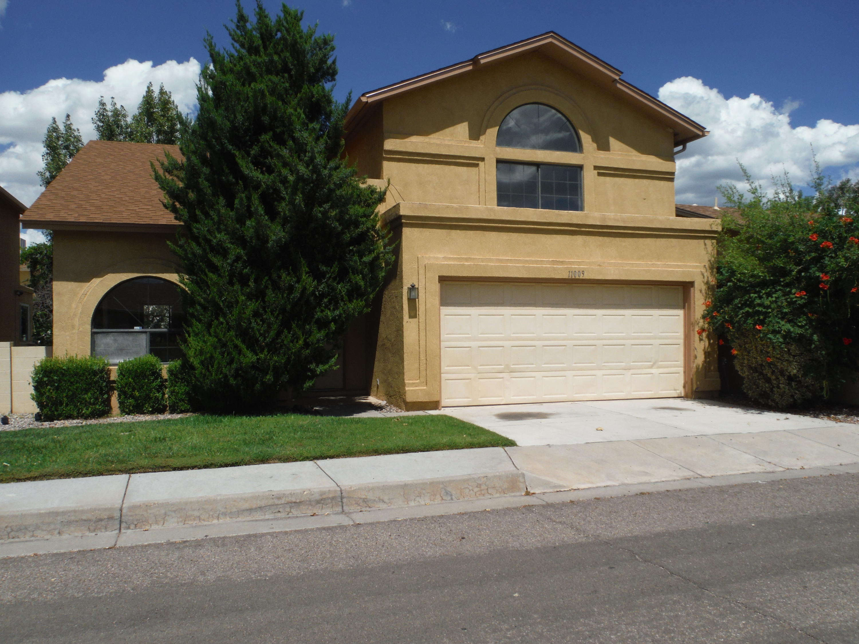 11009 NE Central Park Drive, Albuquerque Northeast Heights in Bernalillo County, NM 87123 Home for Sale