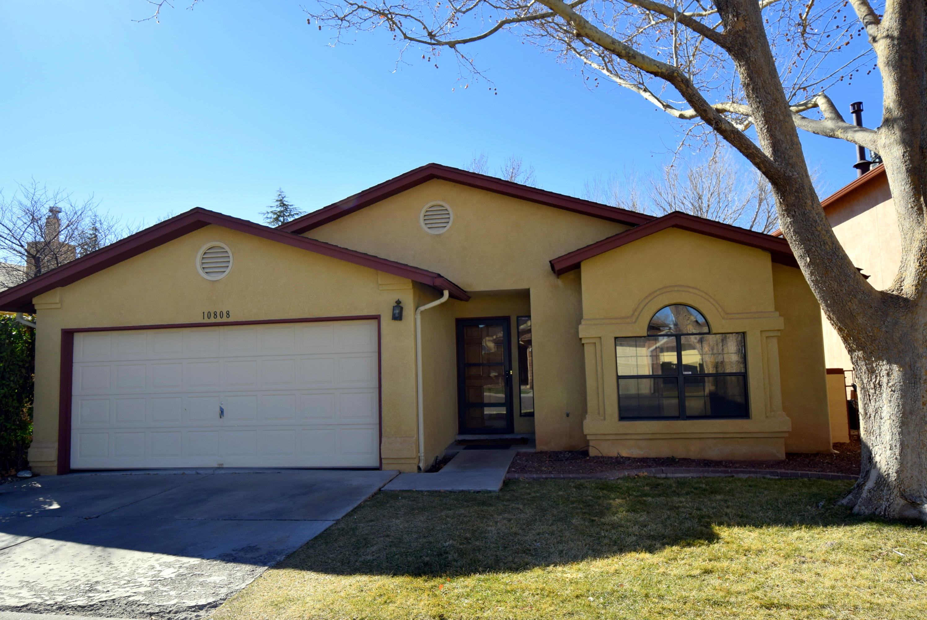 10808 NE Pennyback Park Drive, Albuquerque Northeast Heights in Bernalillo County, NM 87123 Home for Sale