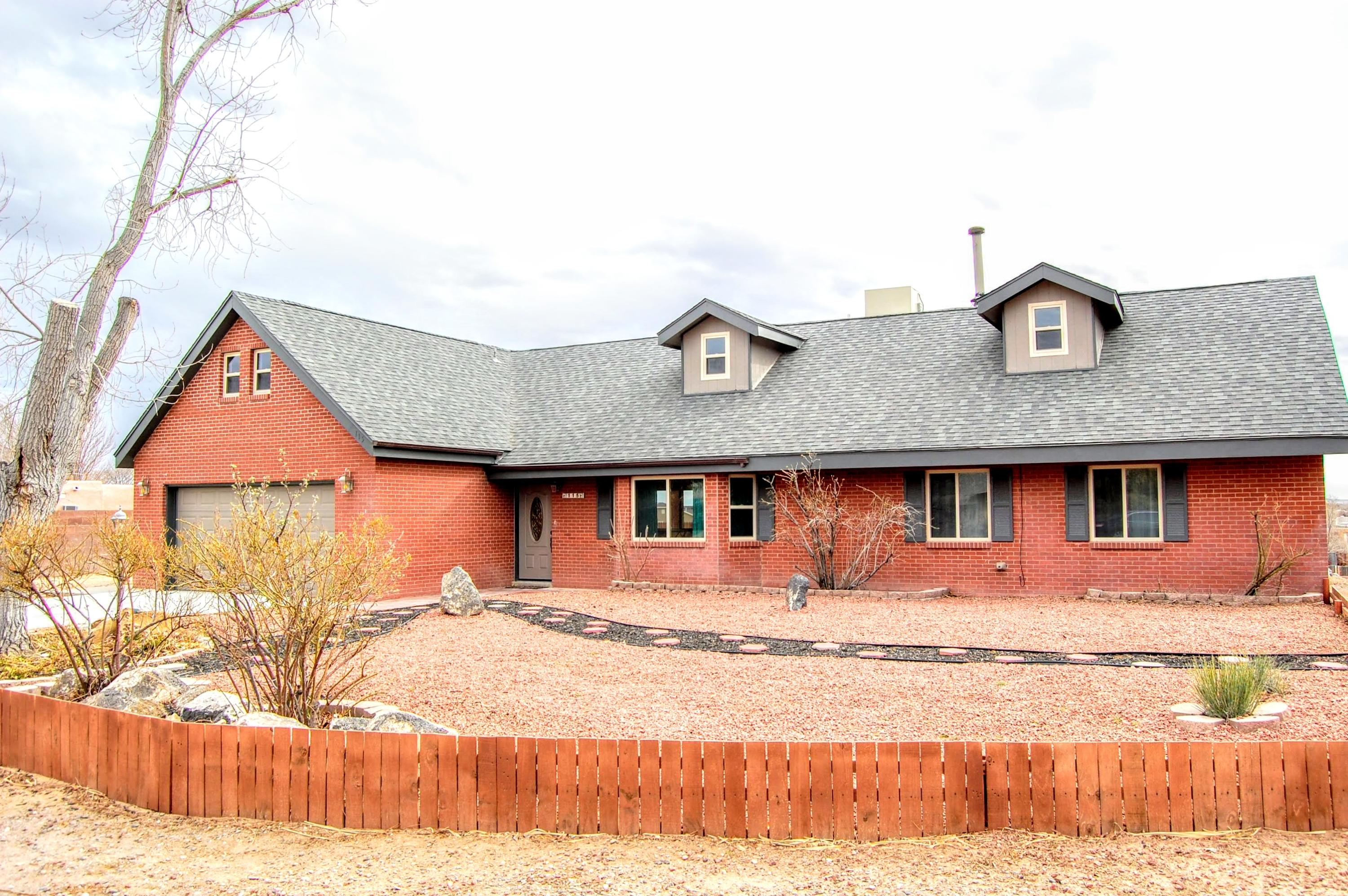 One of Rio Rancho 5 Bedroom Homes for Sale at 115 SE Tarpon Avenue