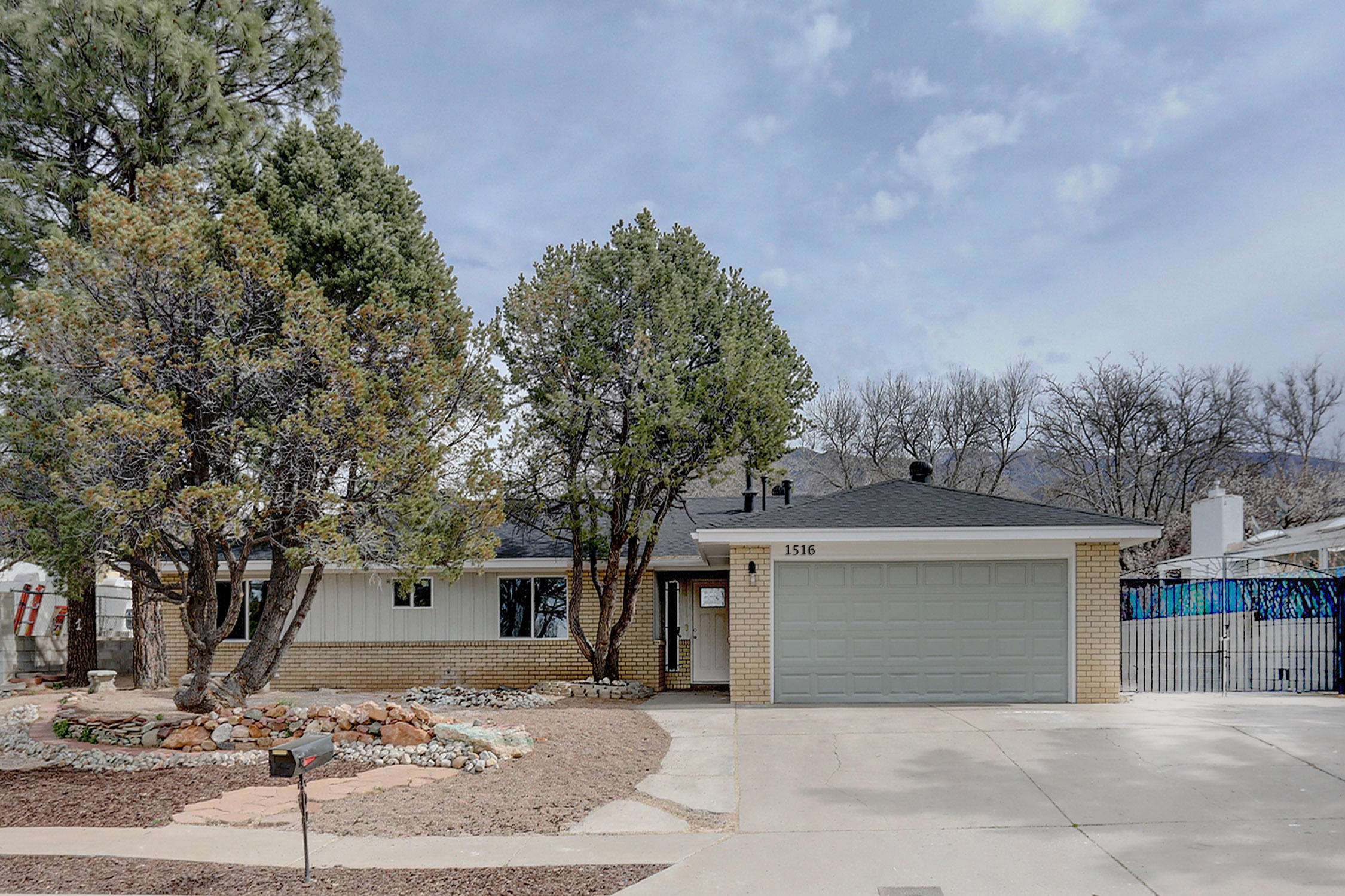 1516 NE Cedar Ridge Drive, Albuquerque Northeast Heights in Bernalillo County, NM 87112 Home for Sale