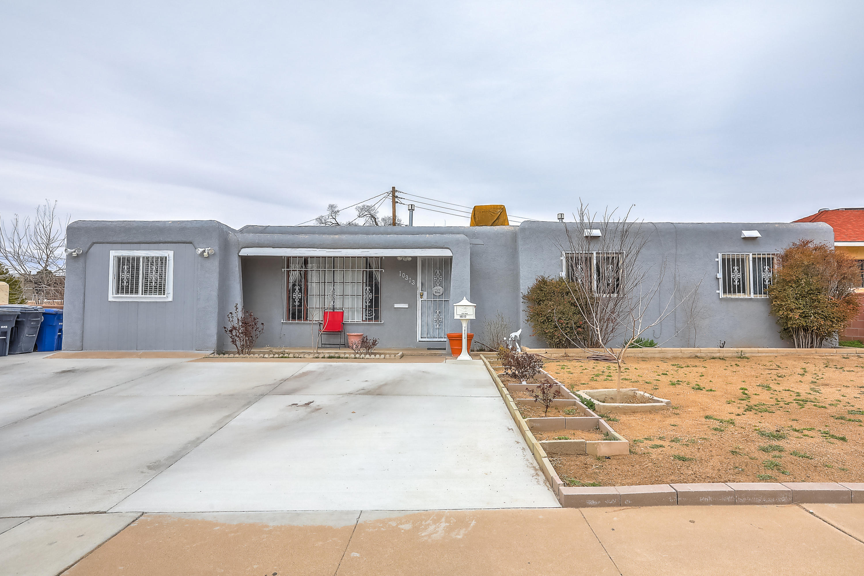 10313 NE Apache Avenue, Albuquerque Northeast Heights in Bernalillo County, NM 87112 Home for Sale