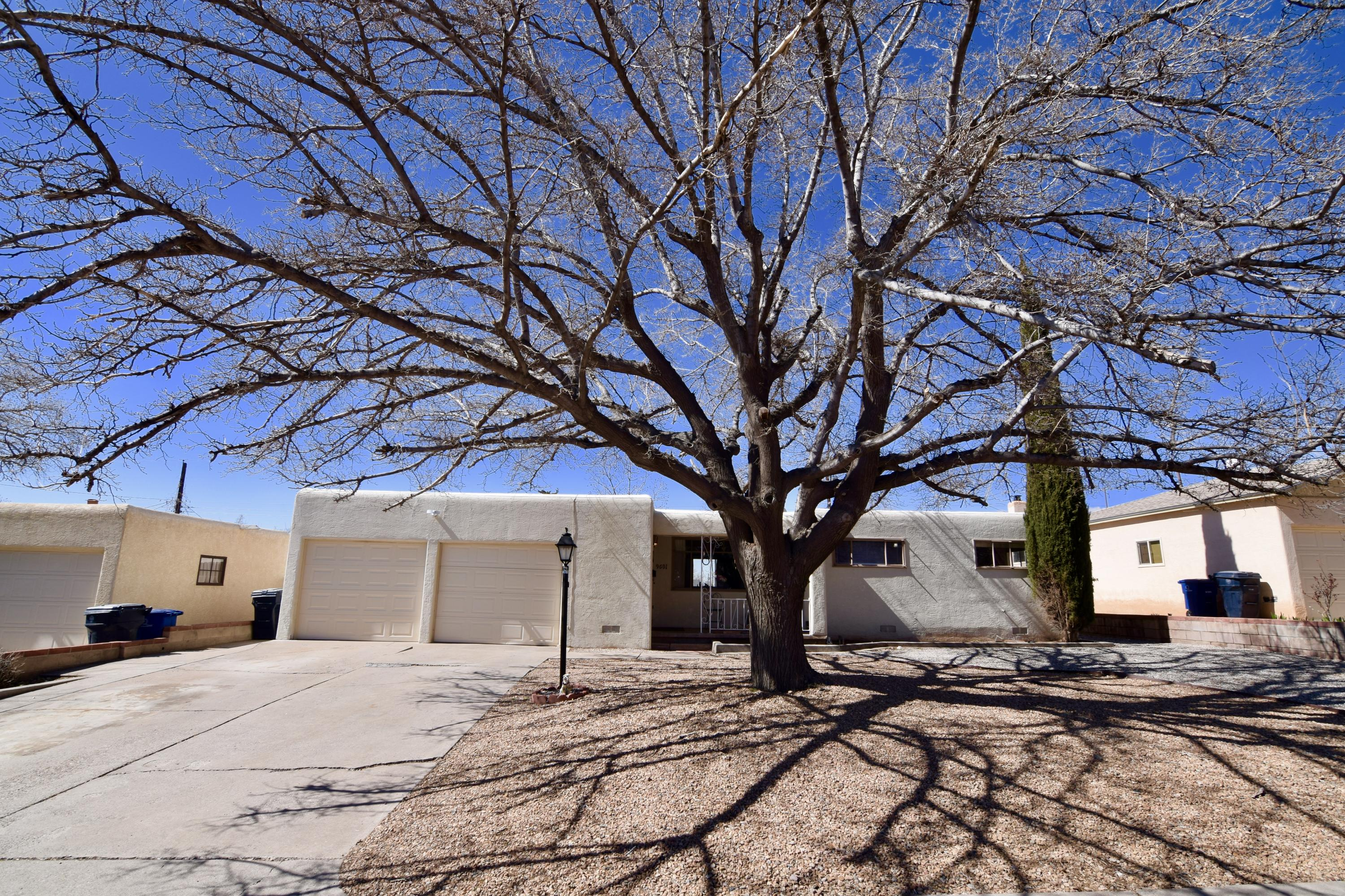 9601 NE Parsifal Place, Albuquerque Northeast Heights in Bernalillo County, NM 87111 Home for Sale