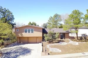 7921TRAIL CHARGER TRAIL NE, ALBUQUERQUE, NM 87109  Photo 1