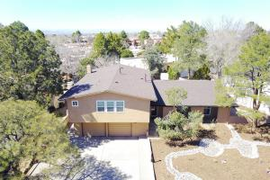 7921TRAIL CHARGER TRAIL NE, ALBUQUERQUE, NM 87109  Photo 2