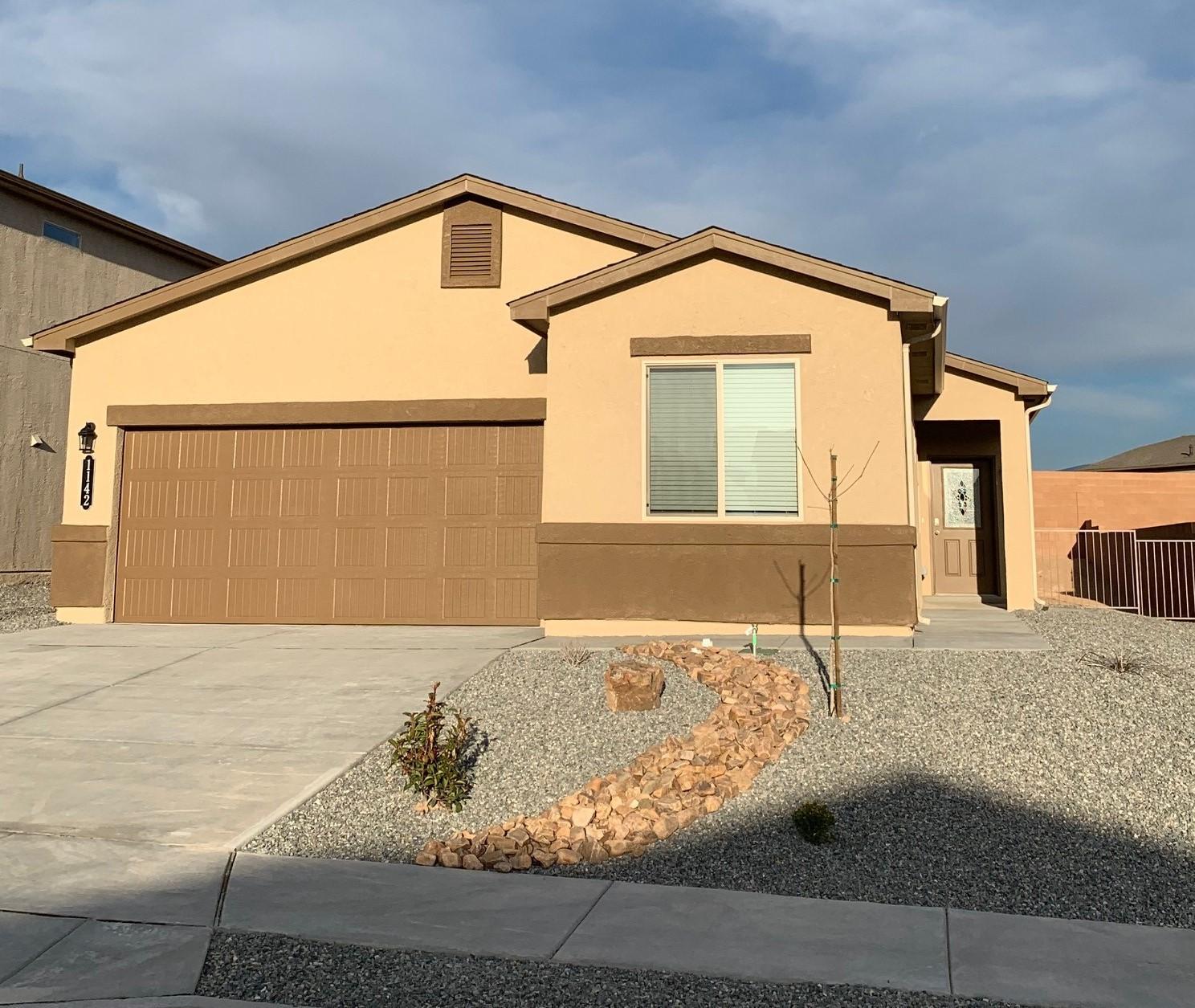 1142 NE Grace Street, Rio Rancho in Sandoval County, NM 87144 Home for Sale